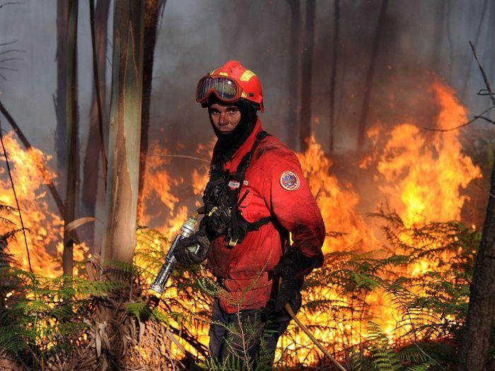 Filha menor de bombeiro falecido notificada para pagar 1400 Euros de custas judiciais