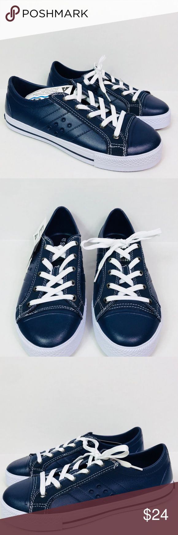 Shimano Evair Fishing Boating Shoes Sz 10 Description:  Blue/White rubber boat/fishing shoes, New without box/ Lace-Up  Size:  10  New without tags Shimano Shoes Boat Shoes