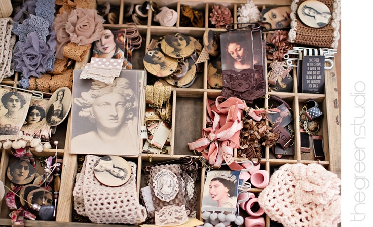 Vintage items photographed at KAMERS Bloemfontein by @Ria Green via @The Pretty Blog