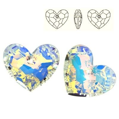6264 Truly in Love Heart 28mm Crystal AB  Dimensions: 28,0 mm Colour: Crystal AB 1 package = 1 piece