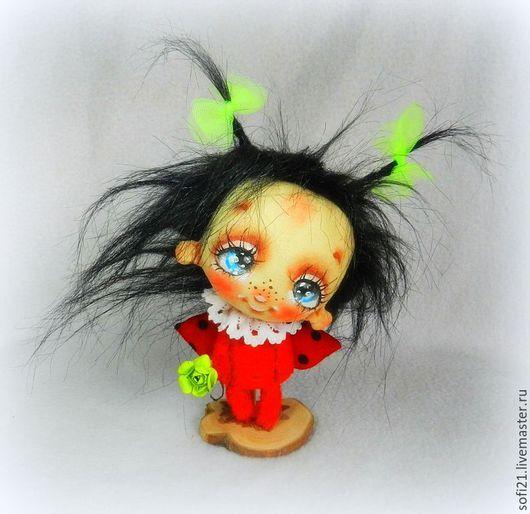 Коллекционные куклы ручной работы. Ярмарка Мастеров - ручная работа. Купить Малявка Жукова и дуновение весны.... Handmade. Ярко-красный