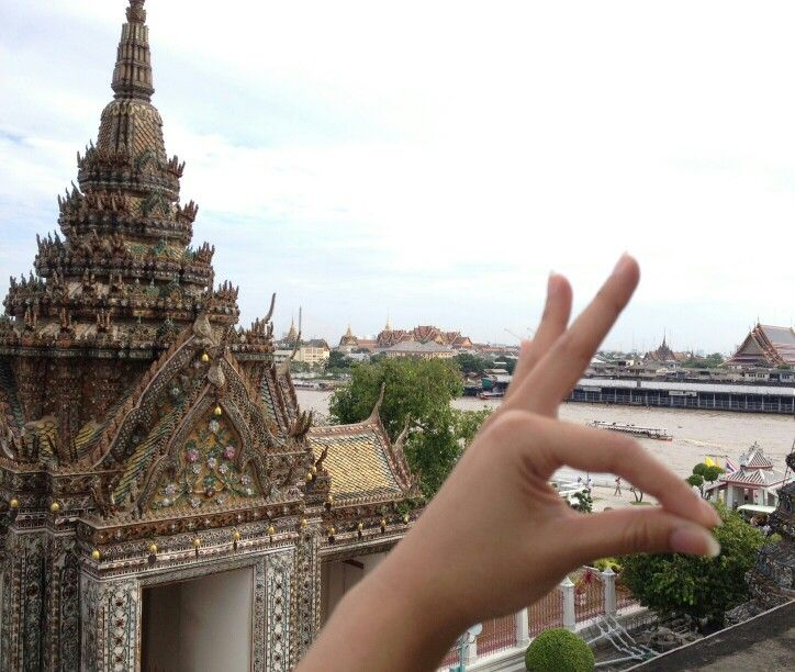 Humpz at Wat Arun,Bangkok,Thailand             ● cr Photo by my friend ●