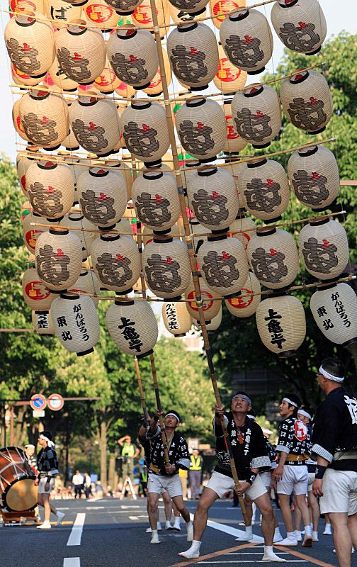 Kanto Festival at Morioaka, Iwate, Japan اليابان www.magicalarabia.com