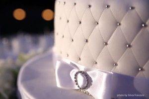Punto luce con effetto trapunta per questo particolare di Wedding Cake