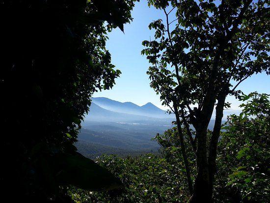 Información para turismo en Juayua: 835 opiniones sobre turismo, dónde comer y alojarse por viajeros que han estado allí.