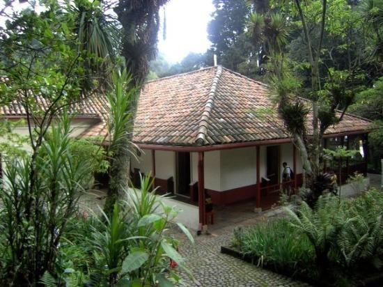 """Visita """"Casa Museo Quinta de Bolivar"""" - Martes 16 de abril, 12m a 2pm. Inscrip. l.monsalve@javeriana.edu.co"""