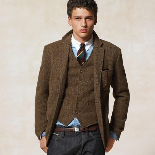 H&M vous propose une large gamme de blazers et gilets matelassés pour femme pour différentes occasions. Découvrez les dernières tendances en ligne ou en mag.