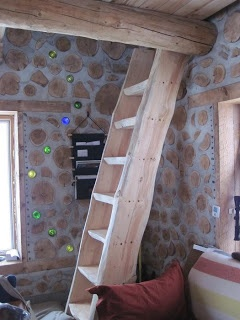 The Cordwood on Pinewood ~~ This is a nice, bright look.