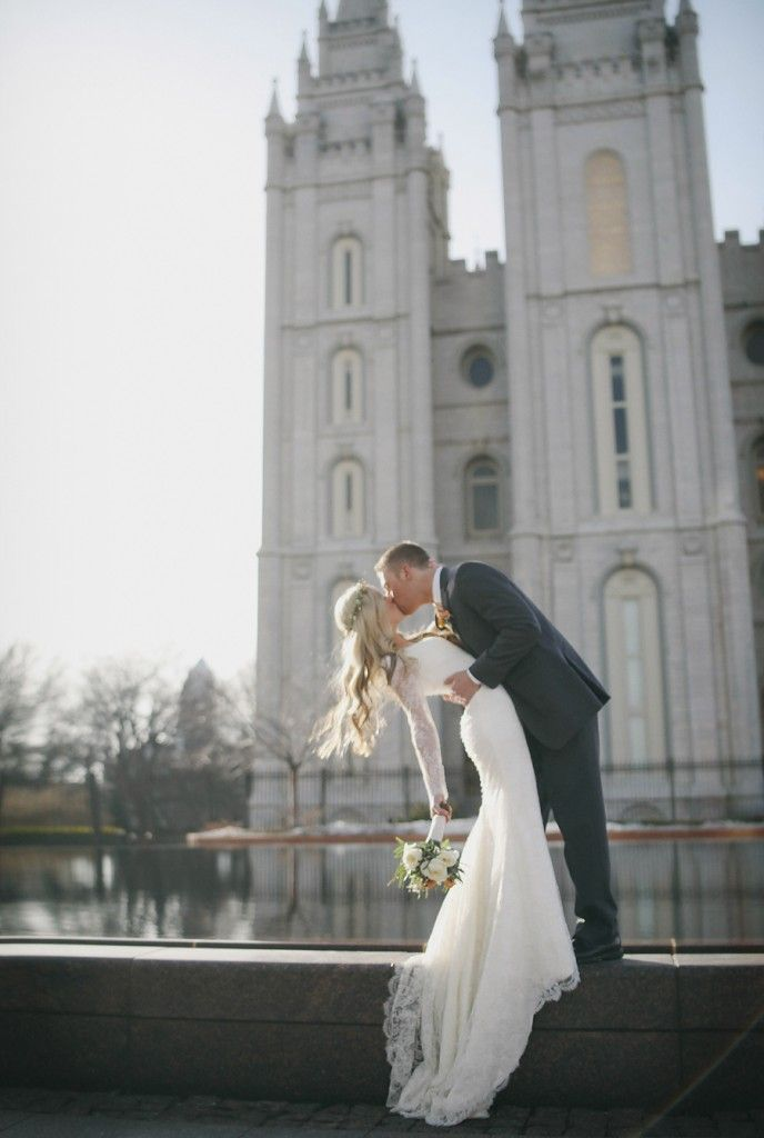 She might be Mormon cuz of the long sleeves but her dress is gorgeous! I dig it. ^ no kidding, she's in front of the temple?! otherwise, gorgeous shot