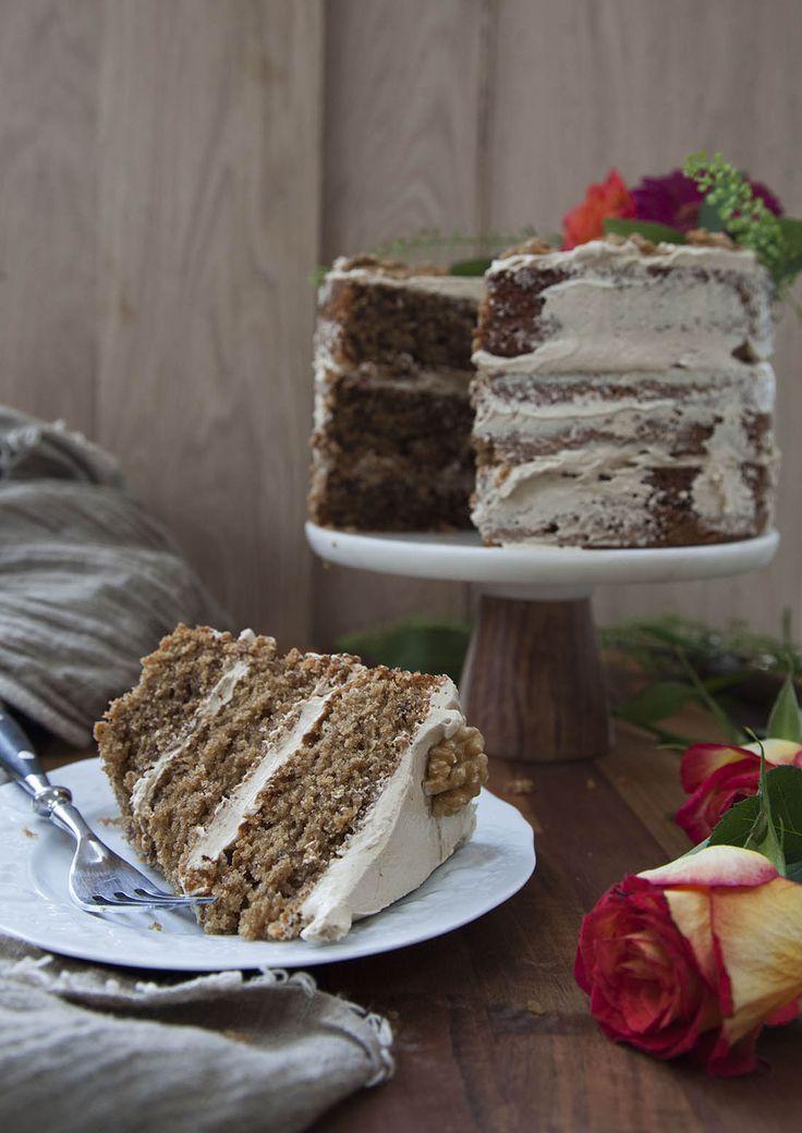 Coffee walnut cake with swiss meringue buttercream | http://drizzld.com
