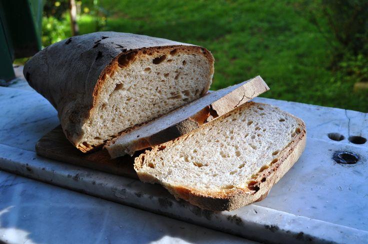 Roma pane lariano