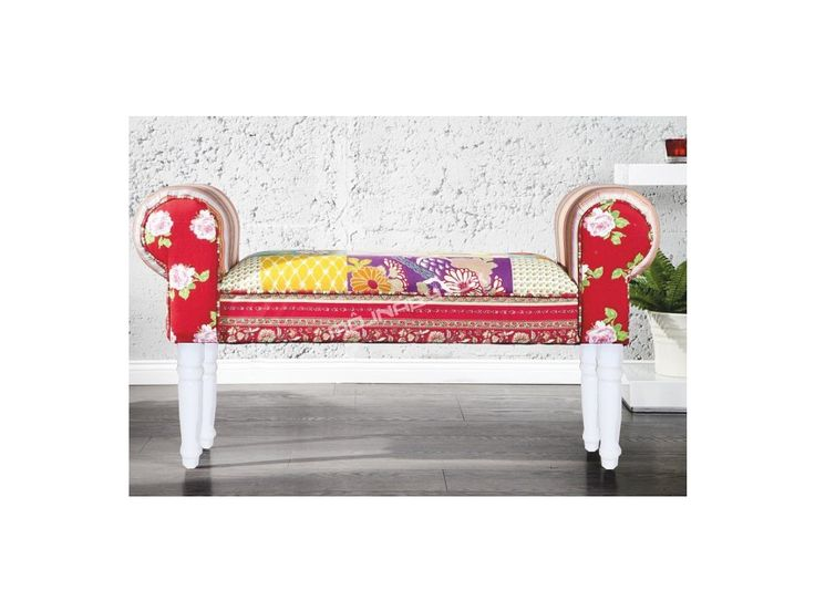 Štýlová lavica CHARADE / červená s tromi farebnými prevedeniami nôh.