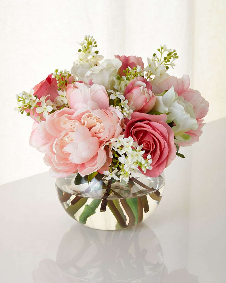 233 best small centerpieces images on pinterest floral for Small rose flower arrangement