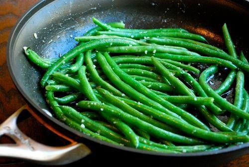 Zelené fazolky s česnekem   Recepty   KetoDiet CZ
