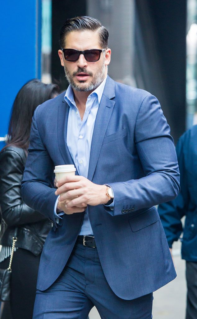 Joe Manganiello couldn't have looked hunkier in a soft blue suit, accentuated with a slicked-back hair-do and chic rectangular sunnies!