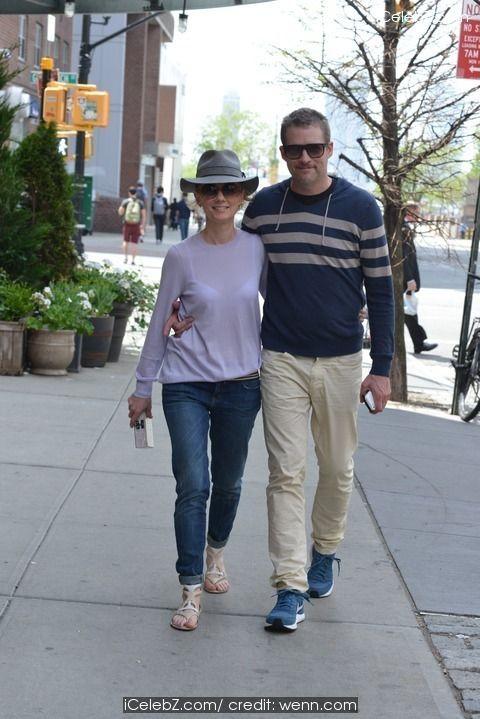 Anne Heche and James Tupper in Manhattan http://icelebz.com/events/anne_heche_and_james_tupper_in_manhattan/photo1.html