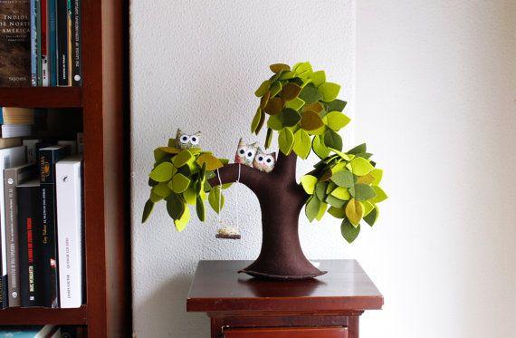 Saule pleureur avec hiboux, décoration, décoration intérieure, décoration enfants, feutre vert arbre