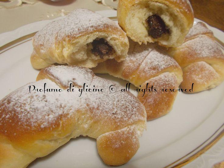 Cornetti di pan brioche alla nutella (con lievito madre)