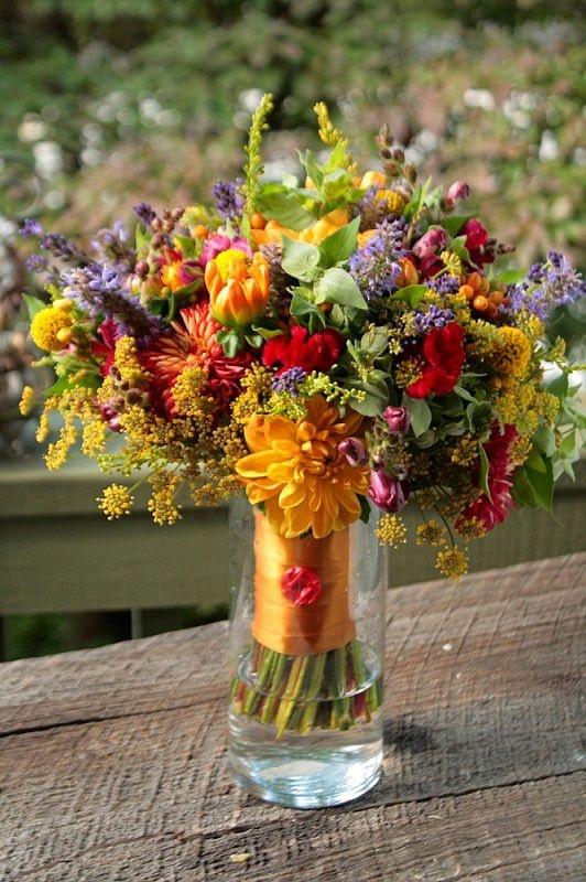 September bright lights bouquet arrangement #wedding