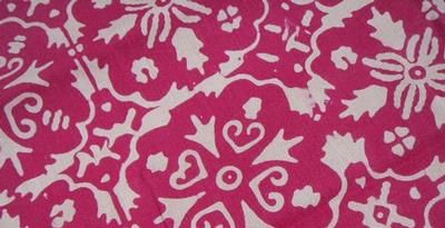 Batik khas Maluku 'Bunga Cengkih'