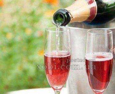 10 коктейлей с шампанским ко Дню святого Валентина