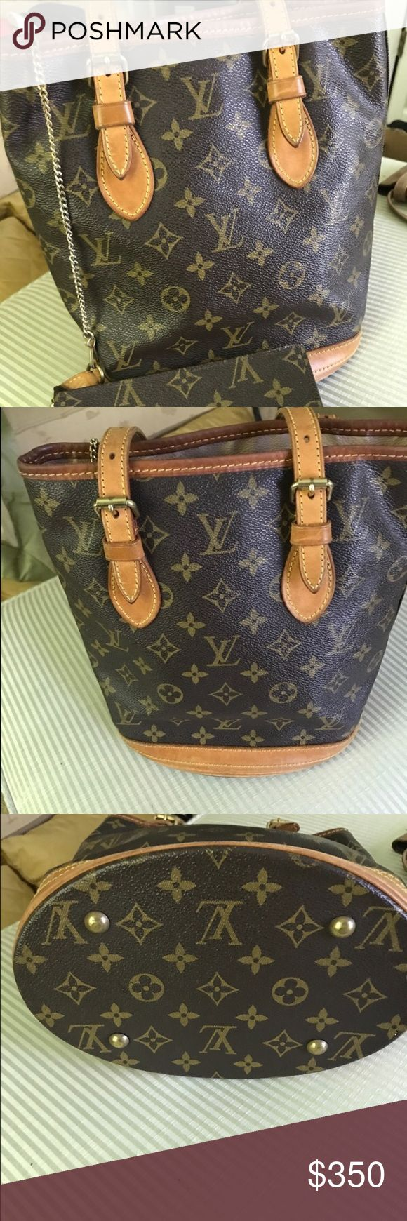 Louis Vuitton Bucket Bag! AUTHENTIC Louis Vuitton Bucket Bag! AUTHENTIC. Item is in Fair condition, gently worn in. Comes with coin pouch attached.   11 w x 10 h z 4 deep  shoulder straps can be adjusted from 7 - 11 inches  inside bag 6w x 4 h Louis Vuitton Bags