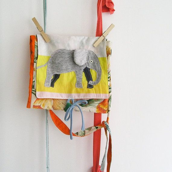 The little artist bag  Messenger bag for kids with by LaGagiandra, €35.00