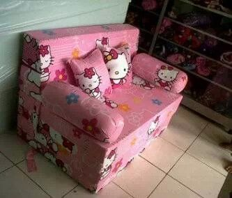 Sofa kitty  plus tempat tidur  minat sms ke 083.87.87.87.785