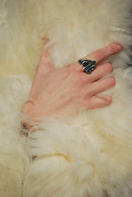 Joseph Meo ring and fur on Gioco di Donne