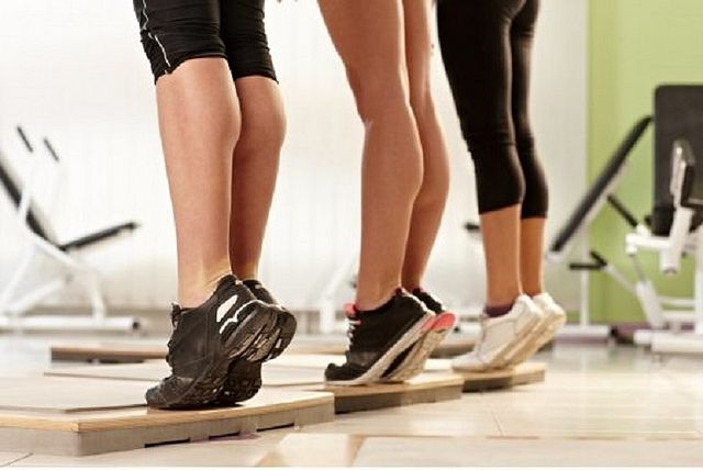 Rutina para lograr unas #piernas perfectas SOLO usando tu peso corporal #fitness
