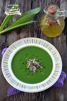 Supa crema de urzici si leurda  este o supa plina de vitamine, care se face foarte usor si este perfecta pentru zilele de post .  De ac...