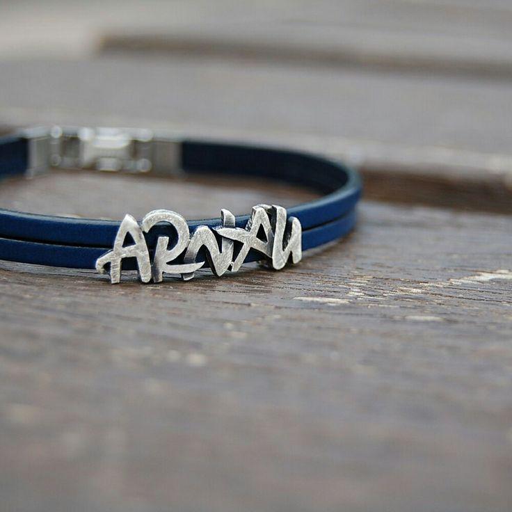 ARNAU. Polsera. Pulsera. Bracelet. Pequeñas joyas, grandes detalles. Small jewels, great gifts. www.argentumwords.com