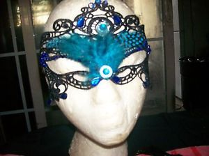 BEAUTIFUL-HAND-CRAFTED-MASK
