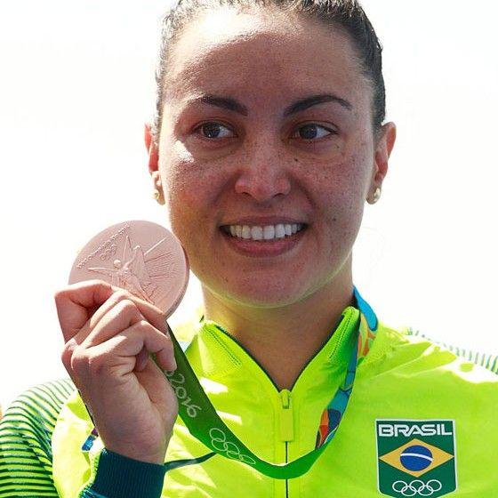 A nadadora brasileira Poliana Okimoto (Foto: Adam Pretty/Getty Images)