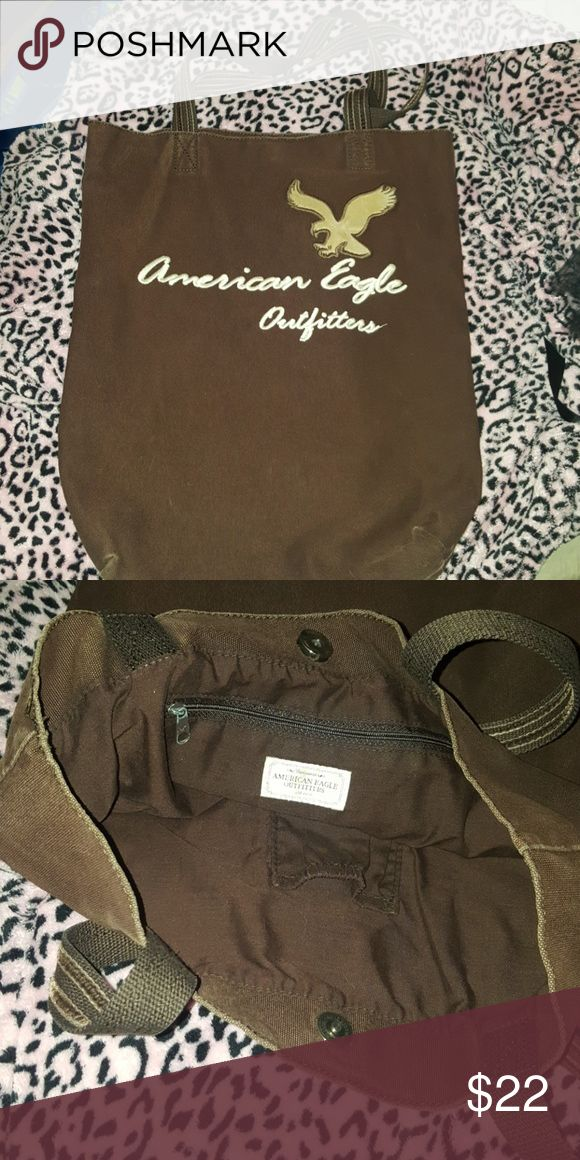 American Eagle Tote Heavy duty!! Holds textbooks well. One pocket perfect for cellphone and zipper pocket too!! American Eagle Outfitters Bags Totes