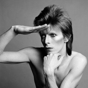 """""""C'est en cela que Bowie est incroyable : il a l'esprit fashion mais il ne dépend ni de la mode ni de ses vêtements, et il n'hésite pas à se mettre à nu"""", souligne Masayoshi Sukita."""