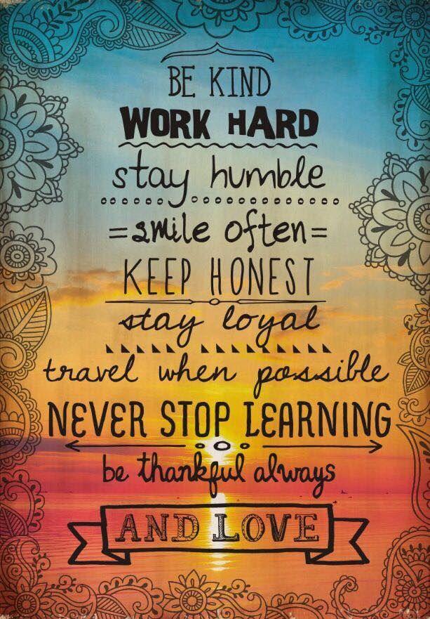 Be thankful always and love 💕🌈🙏🏻  #bethelight #innerpeace #selflove #yogainspiration #dailymeditation #inspirationalquotes #spiritualawakening #consciousawakening #compassion #gratitude