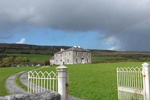 5 famous houses in Ireland http://irelandways.com/famous-houses-ireland