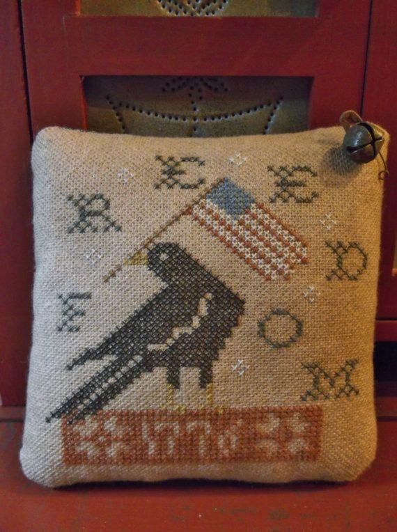 Primitive Patriotic Pillow Americana Flag & Crow Cross Stitch Cupboard Tuck
