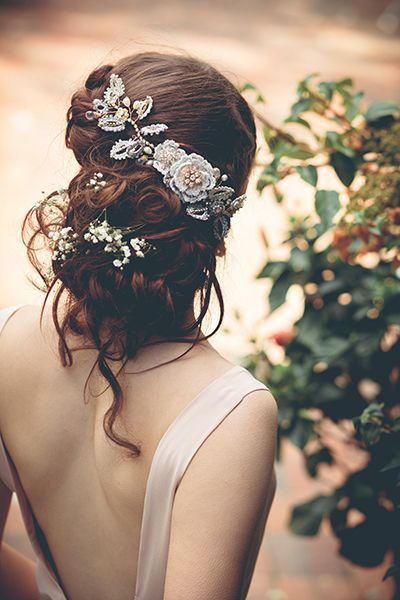 Romantic wedding updos that are beautiful from every angle   La Candella Weddings