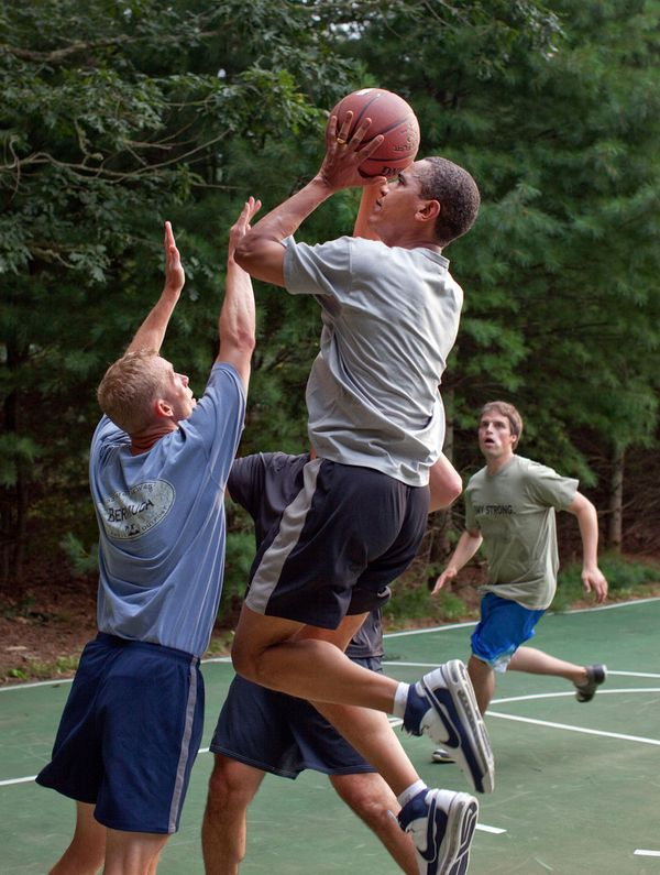 Obama playing some hoops... - credit to: pinterest.com/bdpa