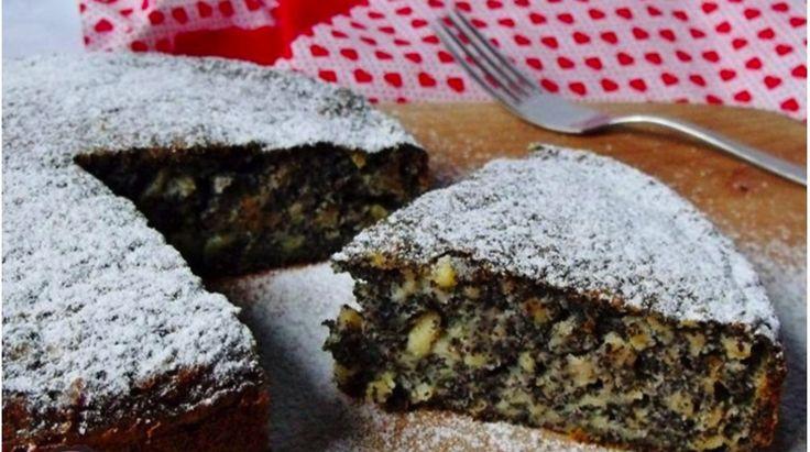 Makový koláč s jablkami pripravený už za 2 minúty! Chutí úplne báječne – pochutí si na ňom každý!