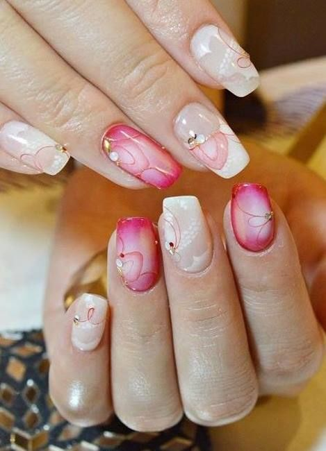 Decorazioni particolari dalle onde sinuose per queste nails bianche e rosa. https://www.facebook.com/photo.php?fbid=10152420803443453&set=pb.271651468452.-2207520000.1397810630.&type=3&theater