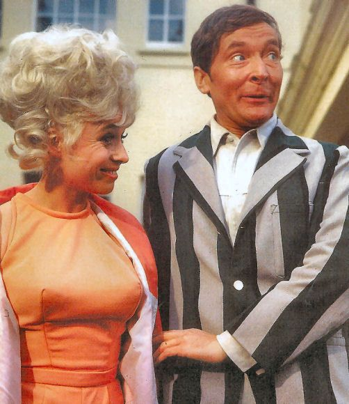 Barbara Windsor & Kenneth Williams in Carry On Camping.