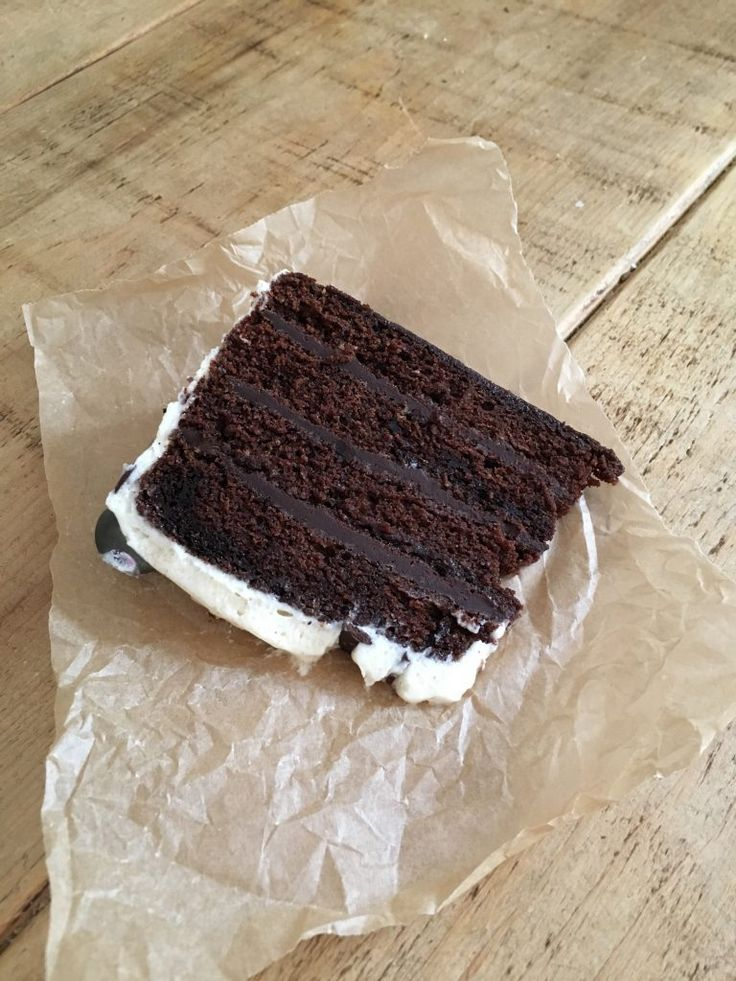 devils-food-chocolate-cake-with-vanilla-cream-cheese-frosting-1