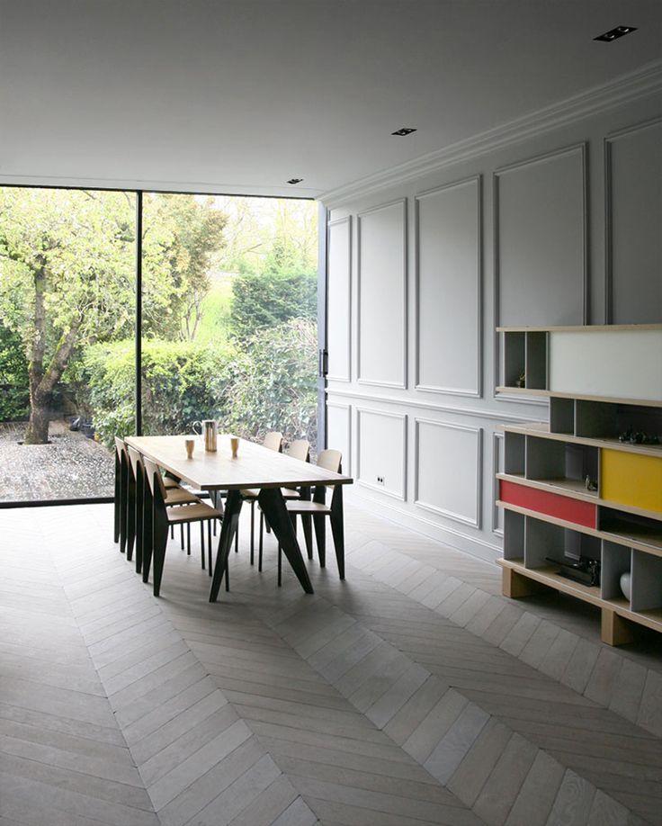 Est Magazine-Japon Apartment Prouvé EM Table