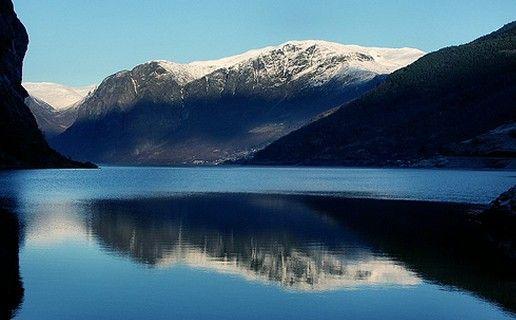 Cruise Noorse Fjorden, Noordkaap, Noord Europa Noorwegen, Oostzee, St. Petersburg Baltische staten. Cruises op maat.