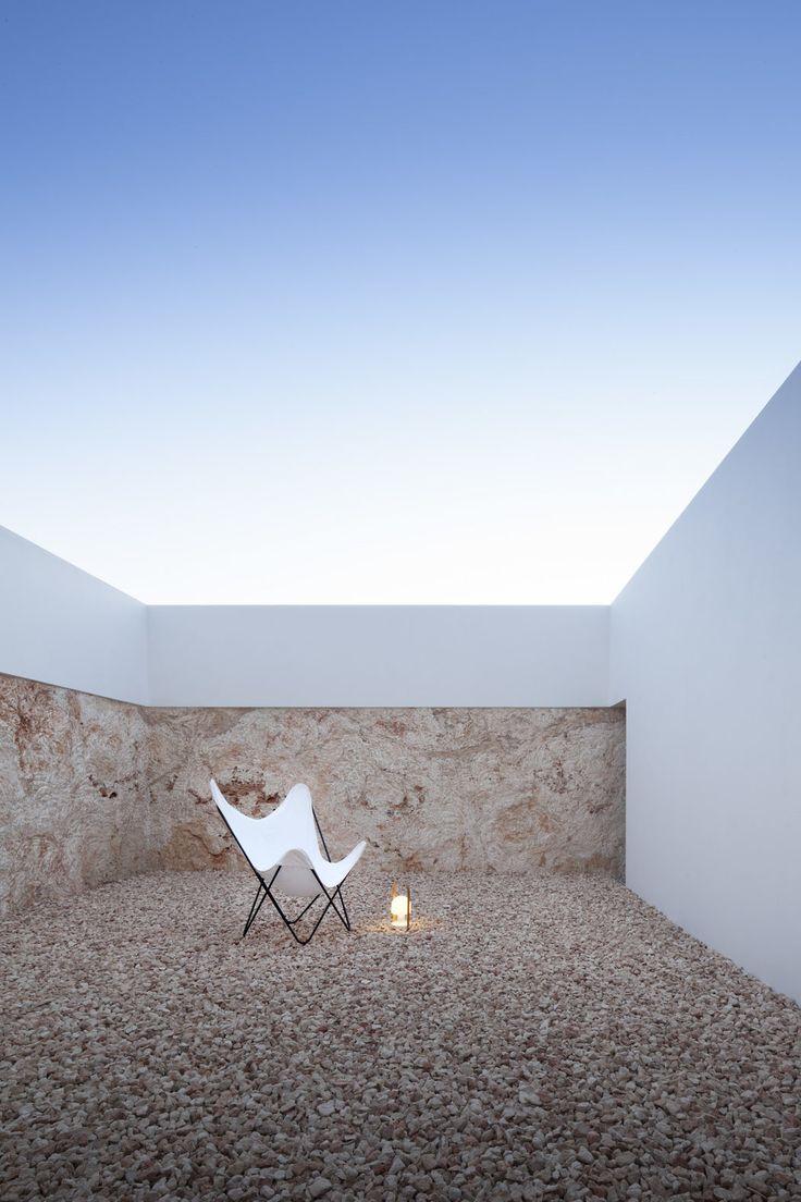 House in Formentera de Segura by Marià Castelló Martínez