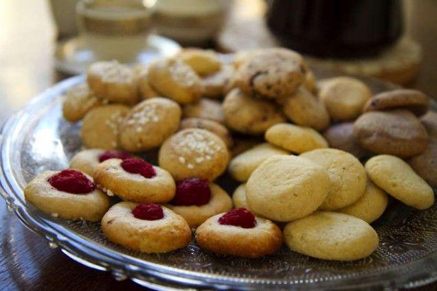 Sju sorters kakor i ett enda recept! Prova de olika fyllningarna och smaksättningarna.