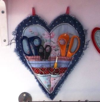 Handmade Harbour: Heart-shaped Scissor Keeper: Tutorial. A great way to store all your scissors in one place, and something pretty to look at, too! And it doesn't look too difficult to make either! I love it!